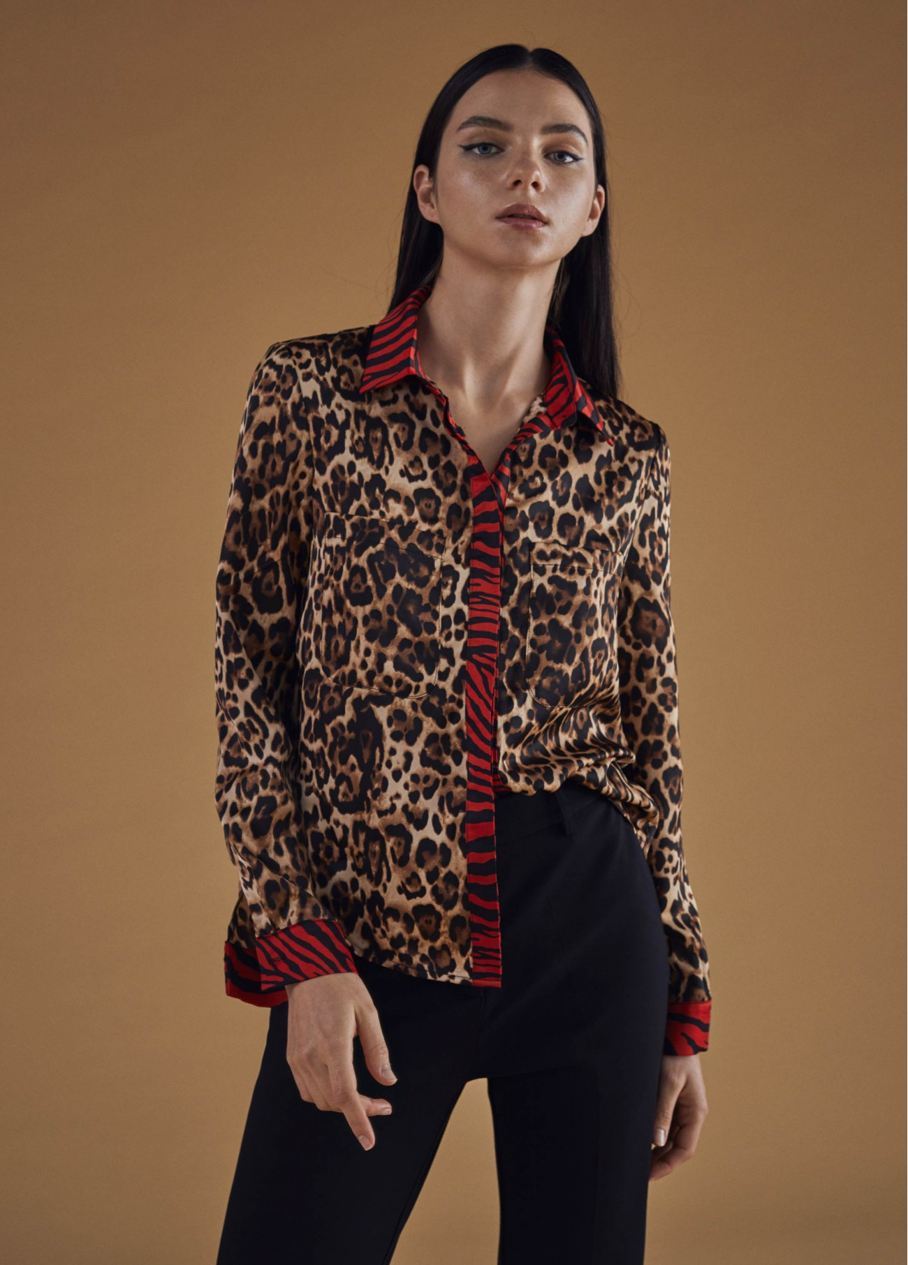 Blusa estampado animal print, camel