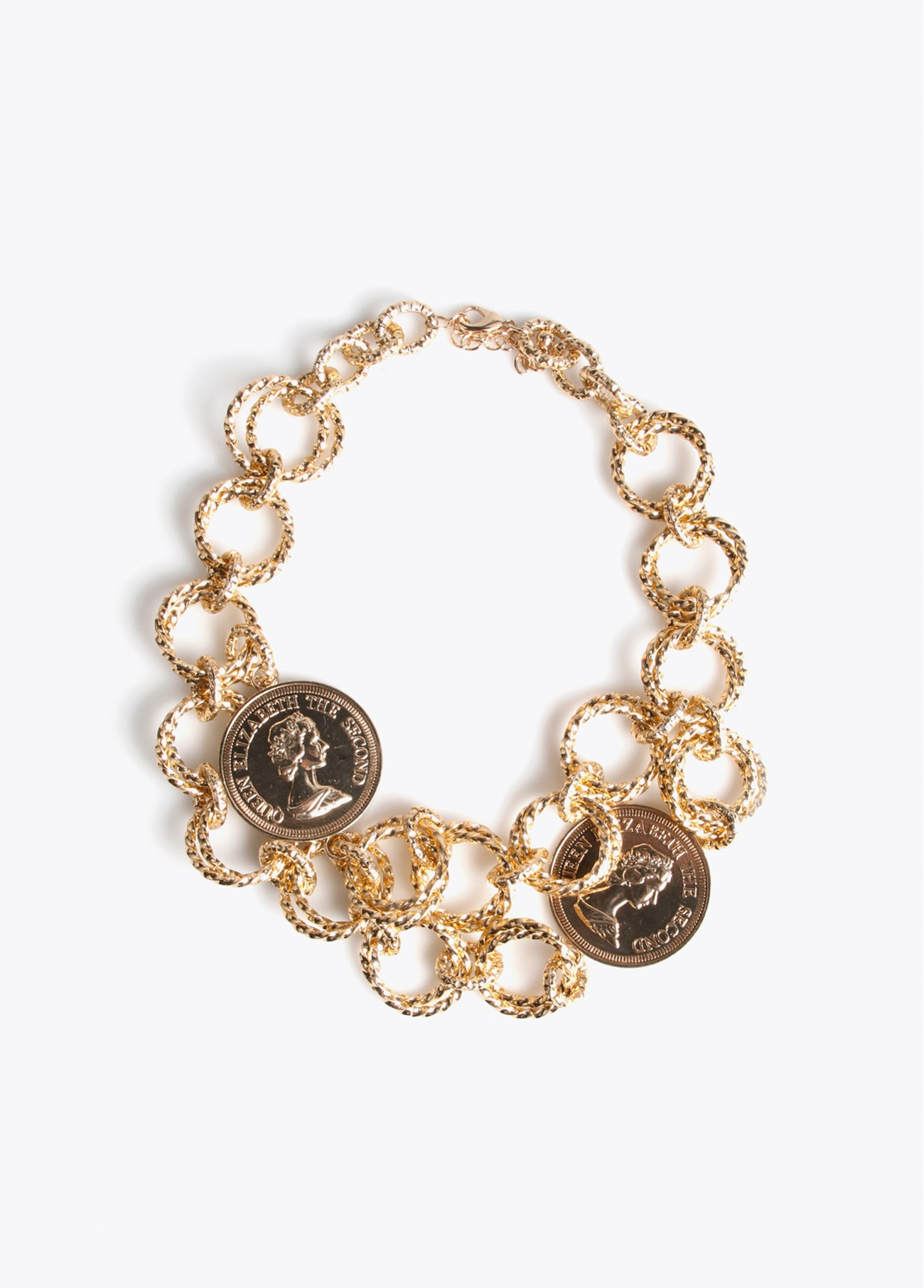 Collar argollas y monedas