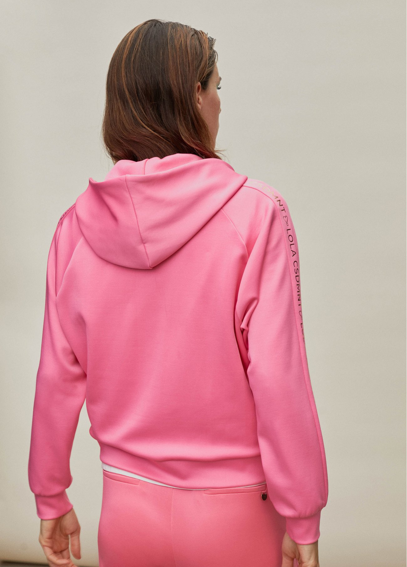 Hoodie with logo details