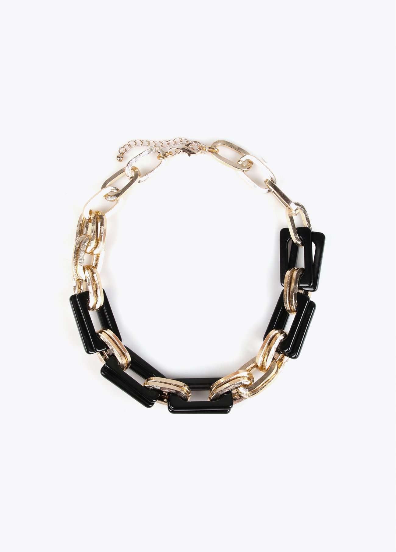 Short necklace with golden and black acr