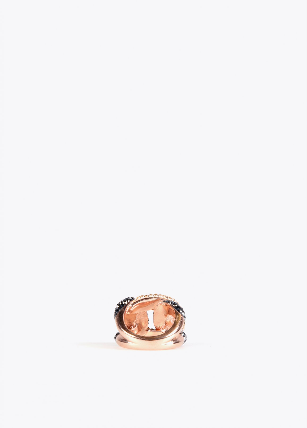 Crystal stones knot shape ring