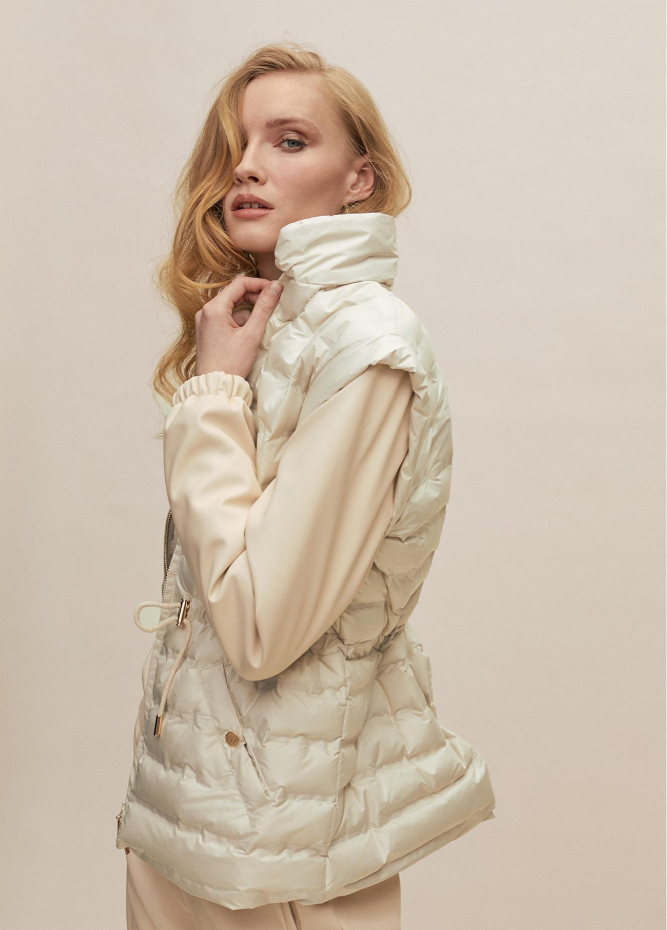 Combo Downjacket with shoulder pads