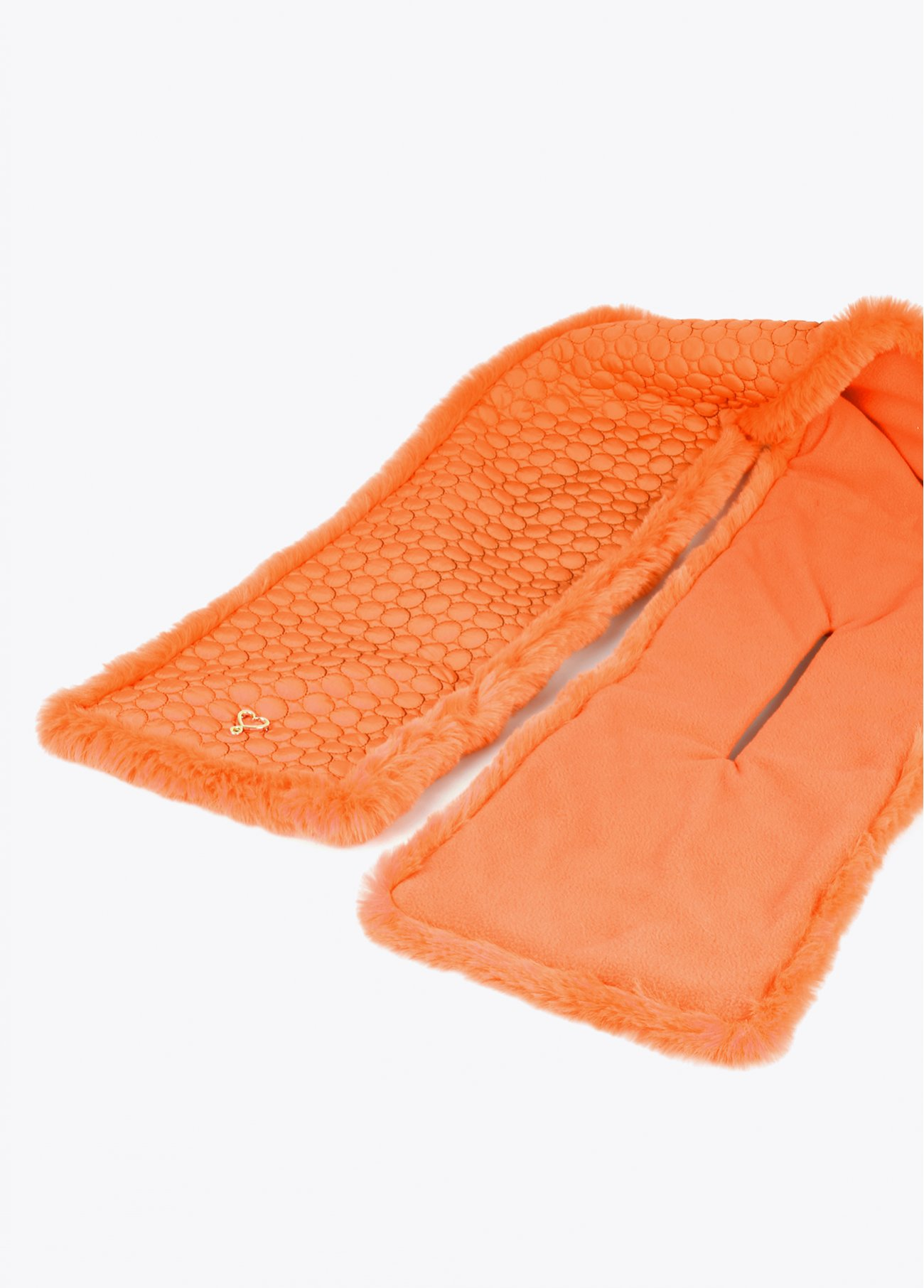 Quilted neck warmer-style scarf