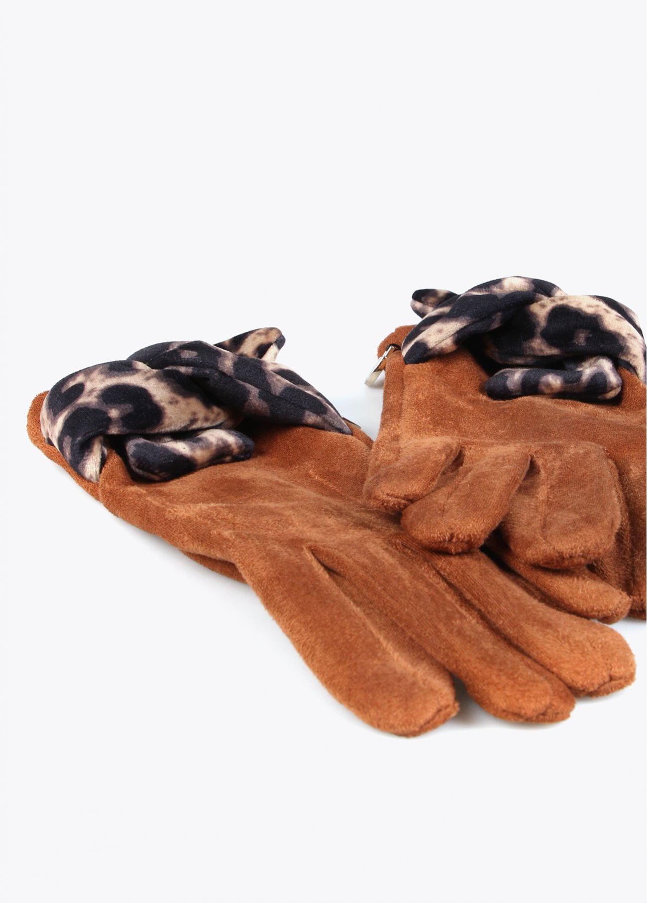Suede gloves with animal print tie