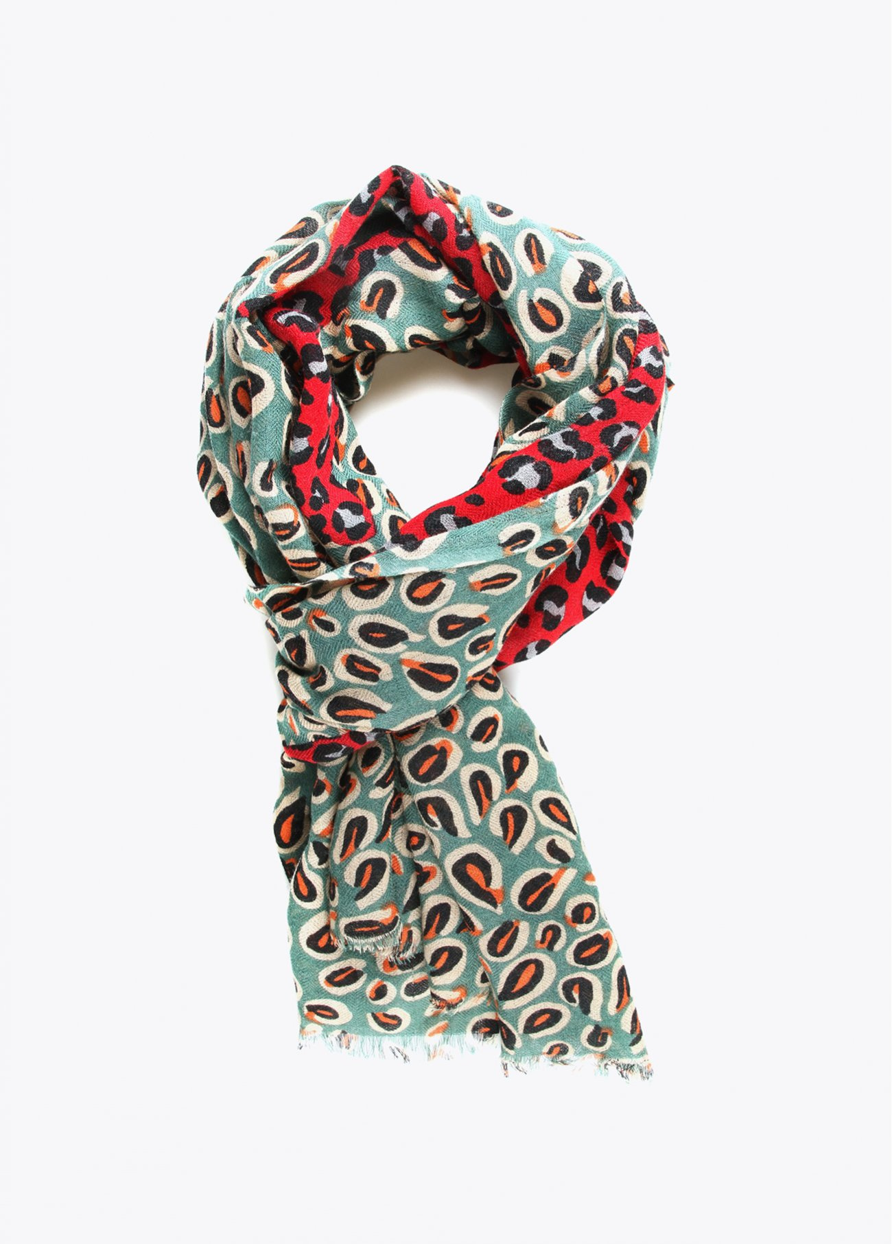 Printed scarf in red and green shades