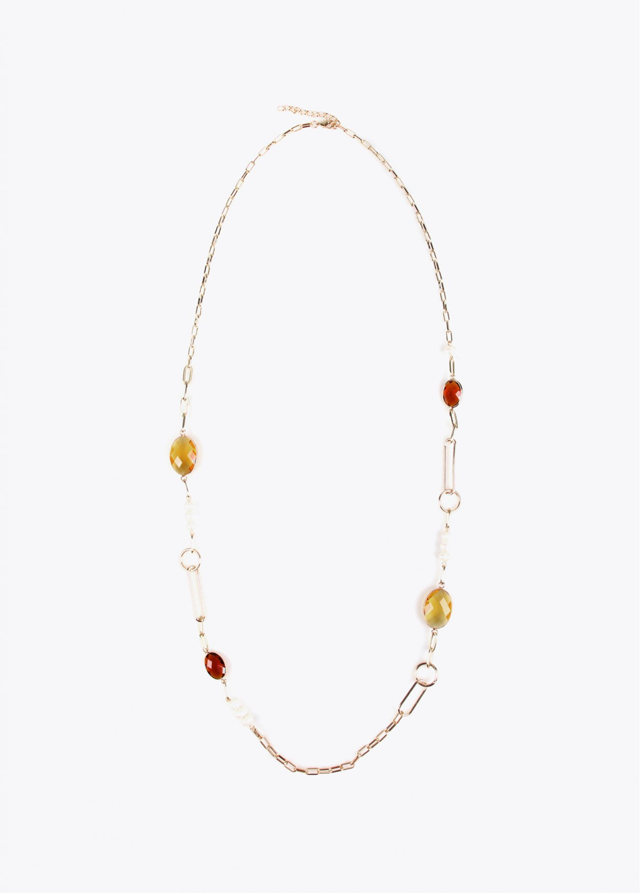 Long contrast necklace with glass stones